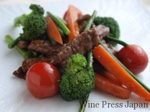牛肉と野菜のオイスターソース炒め。
