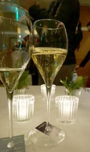 ヴィンテージ・コレクションは、このくらいふっくらしたグラスのほうがより美味しく飲めます。