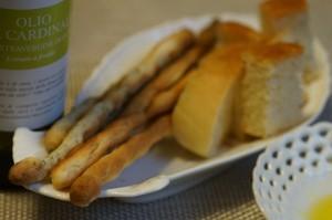 パンやグリッシーニと共に。