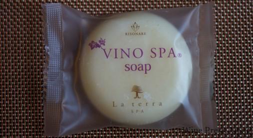 ヴィノ・スパの石鹸。「ラ・テッラ・スパ」とは、館内のスパの名前です。