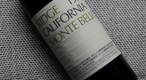 カリフォルニアの定評ある造り手「リッジ・ヴィンヤーズ」。醸造責任者のポール・ドレーパー氏の顔写真は、今年3月に行われた「世界最優秀ソムリエコンクール」決勝の最終問題「この人は誰でしょう?」の、10問の中で映し出された。