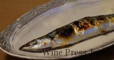 秋は秋刀魚! いやでなければ、肝もどうぞご一緒に。