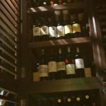 地下にあるレンタルワインセラー。縦にも横にも並べられて1ユニットに200本以上入る設定。