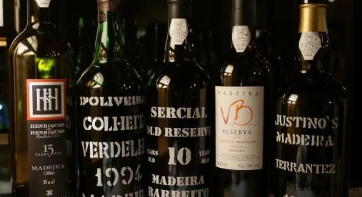 マデイラワインの上級品のボトルたち。