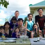 楠田ファミリーと、バカンスに来ていらした大阪フジマル醸造所の藤丸ファミリー。それに住み込み研修中の白石アカネさん。