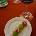 フルムダンベールのベーコン巻き+青リンゴ