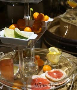 プイィ・フュメの館にディスプレイされていた香りのサンプル「柑橘類」。