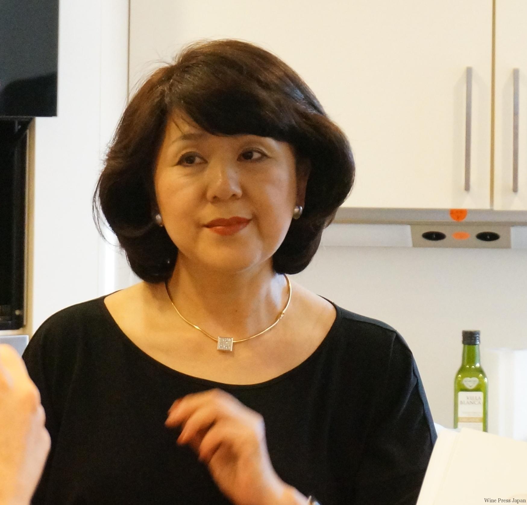 和食の料理本(英語訳)も出版された料理研究家の千... tweet Wine Press Jap
