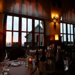 オテル・ド・ラ・シテのレストラン。ちょうど夕日が。
