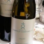 シチリア島の白。「バリオ・デル・クリスト・ディ・カンポベッロ」の「ラルーチ2013」。品種はグリッリョ。