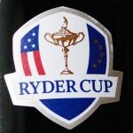 ライダーカップのカップと、EUとアメリカの旗がマークに。