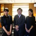 オーナーソムリエの矢野恒さん(中央)と、共同経営者で「カデンツァーレ」のオーナーソムリエの永田真弓さん(右)、そして「ルバート」店長の白石幸恵さん(左)。