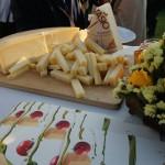 モンタージオという名前のチーズ。むっちりとした食感で、味わいは上品。