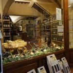 ワイン・ショップの数は、この10年で3倍増ぐらい。