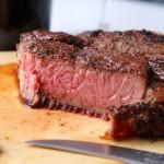 霜降りの牛では楽しめない、赤身肉の旨さを追求した本格的な「旨い」ステーキなのです。