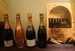 11本だけ創業年の1834年ヴィンテージのボトルがセラーに。