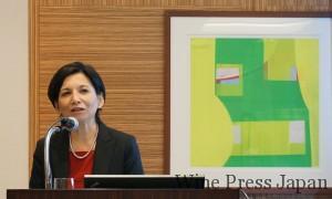 日本事務所代表のキャドビー康子さん。