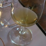 170年前のシャンパーニュはこんな色合い。気泡はすでにない。