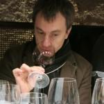 チーフワインメーカーのフランシスコ・バエティグ。