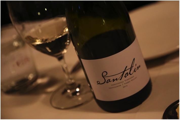この料理には「 Santolin Chardonnay2013」 250ダースしか作られていないヤラヴァレーのシャルドネ。手摘、ホールバンチ。フィギーでナッティーなキャラクター。上品に利かせたオークが淡泊な脳味噌(ブレイン)と楽しいマッチング。※日本未入荷
