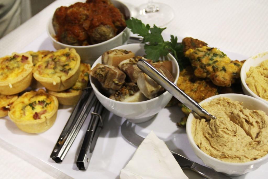【肉系】南オーストラリア、クレアヴァレーにあるテイラーズのプラッター。