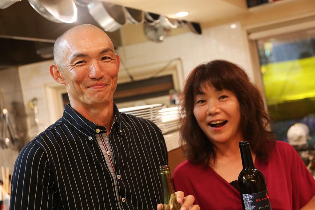 竹部ご夫妻に初めてあってから何年経ったかはもう忘れましたが、ついに二人が育てたブドウで造ったワインを口に運ぶ日が来ました。